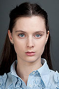 model Oleynikova Maria    Year of birth 1988    Height: 172    Eyes color: blue    Hair color: brown