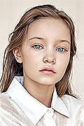 model Chernakova Eva    Year of birth 2008    Eyes color: blue    Hair color: light brown
