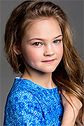 model Paramonova Polina    Year of birth 2005    Eyes color: grey-blue    Hair color: light brown
