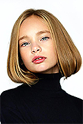 model Posohava Anabella    Year of birth 2010    Eyes color: green    Hair color: blond