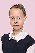 model Osadchenko Anna    Year of birth 2006    Eyes color: blue    Hair color: light brown